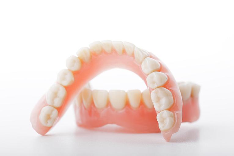 dentadura postiza: prótesis dental leganés